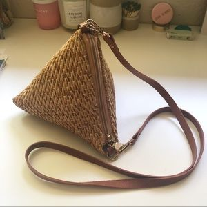 Handbags - Straw Tetrahedron Purse
